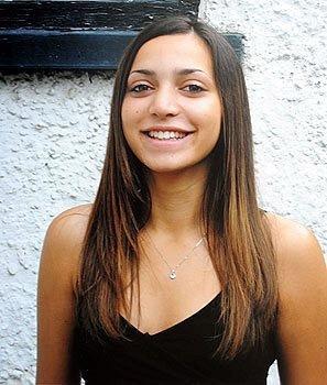 Nữ sinh Mỹ bị gán biệt danh sát thủ có gương mặt thiên thần-2