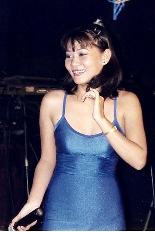 Ông hoàng bà chúa showbiz Việt và chuyện bán đồ lót, hát trên xe tải khởi nghiệp-10