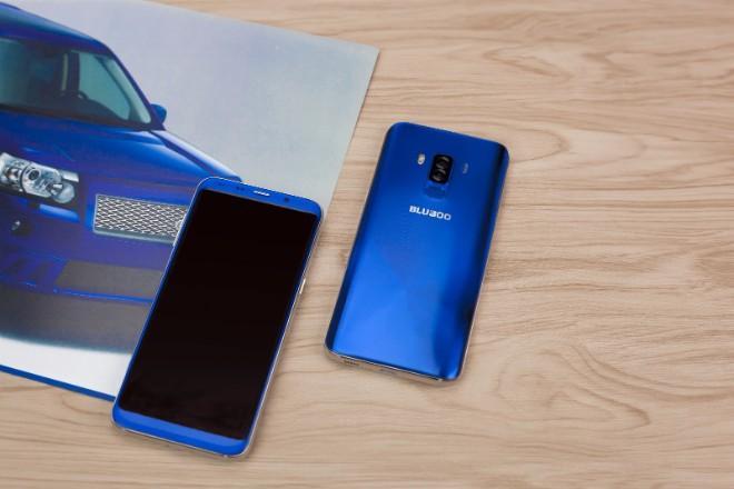Những smartphone viền siêu mỏng rẻ nhất có thể mua hiện nay-2