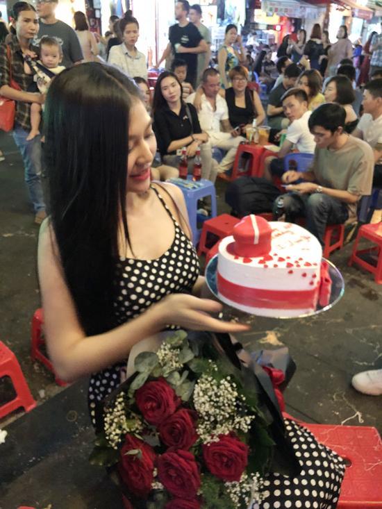 Đúng sinh nhật tròn 20 tuổi, Chúng Huyền Thanh nhận lời cầu hôn của bạn trai-3