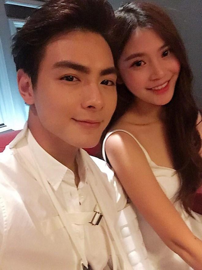 Đúng sinh nhật tròn 20 tuổi, Chúng Huyền Thanh nhận lời cầu hôn của bạn trai-6