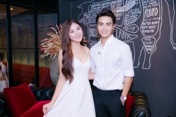 Đúng sinh nhật tròn 20 tuổi, Chúng Huyền Thanh nhận lời cầu hôn của bạn trai-7