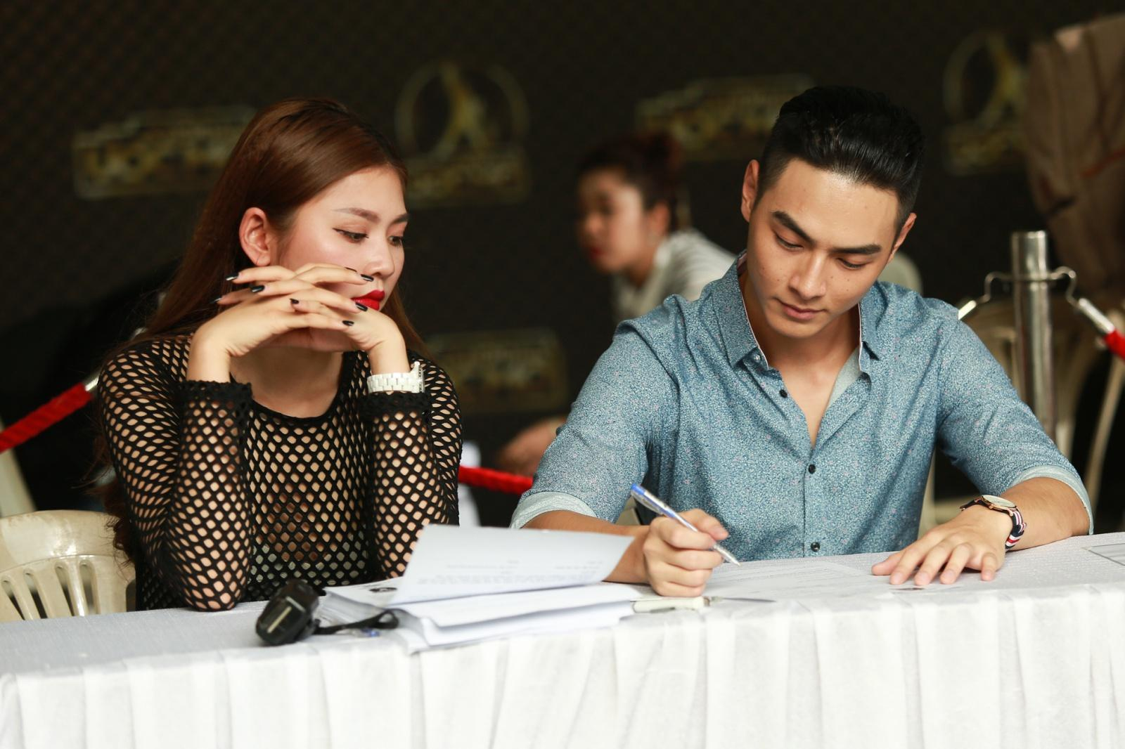 Đúng sinh nhật tròn 20 tuổi, Chúng Huyền Thanh nhận lời cầu hôn của bạn trai-8