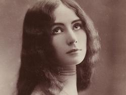 Những phụ nữ nổi tiếng nhất lịch sử thế giới (Kỳ 1): Phận đời ai oán của 'gái bao hạng sang'