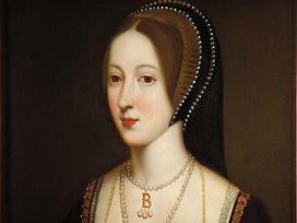 Hoàng hậu làm thay đổi cục diện nước Anh: Không sinh được con trai, bị vua ghẻ lạnh và tống giam