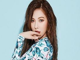 HyunA trở lại với hình ảnh 'gái hư', cởi đồ táo bạo trong MV mới