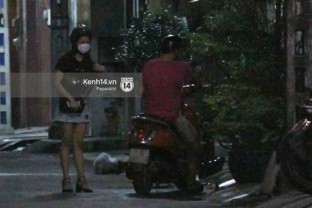Tim tậu xe hơi mới trong lúc Trương Quỳnh Anh đưa con trai đi học bằng xe máy-11
