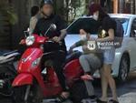 Tim 'tậu' xe hơi mới trong lúc Trương Quỳnh Anh đưa con trai đi học bằng xe máy