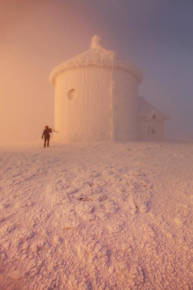 Lạc vào mùa đông kỳ diệu trên núi ở Ba Lan-9