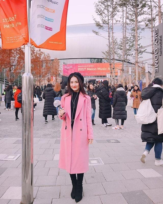 Mẹ chồng Thanh Hằng diện đồ menswear - con dâu Lan Khuê cá tính nổi bật nhất street style-5