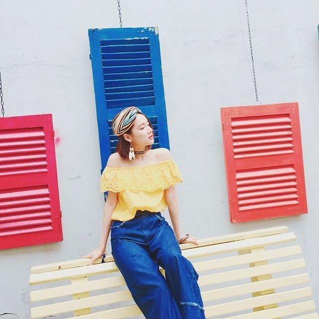 Mẹ chồng Thanh Hằng diện đồ menswear - con dâu Lan Khuê cá tính nổi bật nhất street style-6