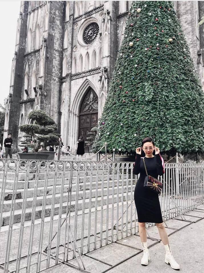 Mẹ chồng Thanh Hằng diện đồ menswear - con dâu Lan Khuê cá tính nổi bật nhất street style-9