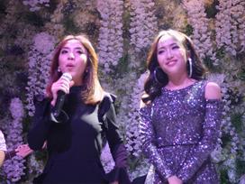 Clip: Màn song ca 'thảm họa' phá nát hit Hương Tràm của Thu Trang - Diệu Nhi tại đám cưới Vinh 'Râu'