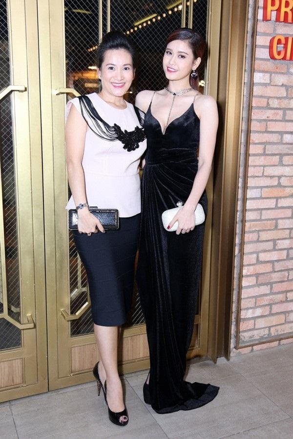 Trương Quỳnh Anh từng thân thiết như chị em với bà xã Bình Minh trước khi có scandal-6