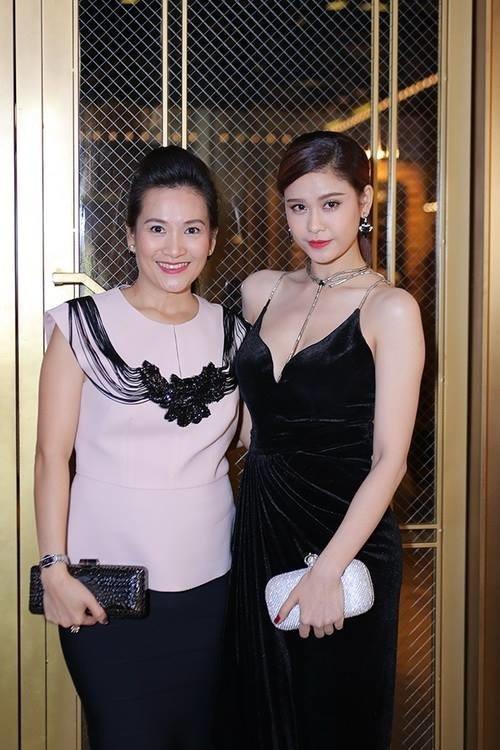 Trương Quỳnh Anh từng thân thiết như chị em với bà xã Bình Minh trước khi có scandal-5