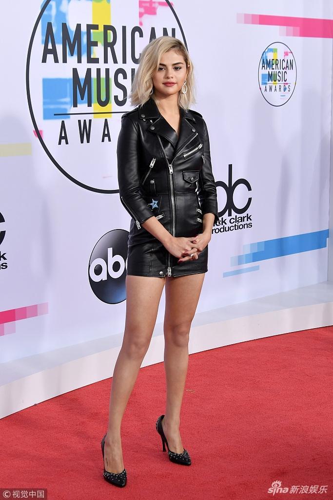 Selena Gomez lên đời phong cách sexy sau tin đồn tái hợp Justin Bieber-5