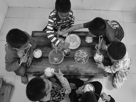 Ngôi nhà chung của 80 trẻ em nhiễm HIV bị bỏ rơi