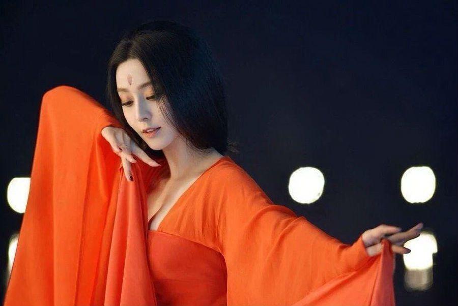 Những điệu múa lay động lòng người của mỹ nhân phim Hoa ngữ-3