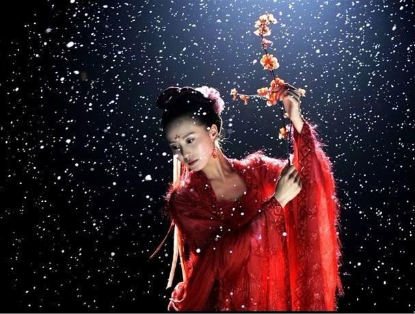 Những điệu múa lay động lòng người của mỹ nhân phim Hoa ngữ-4
