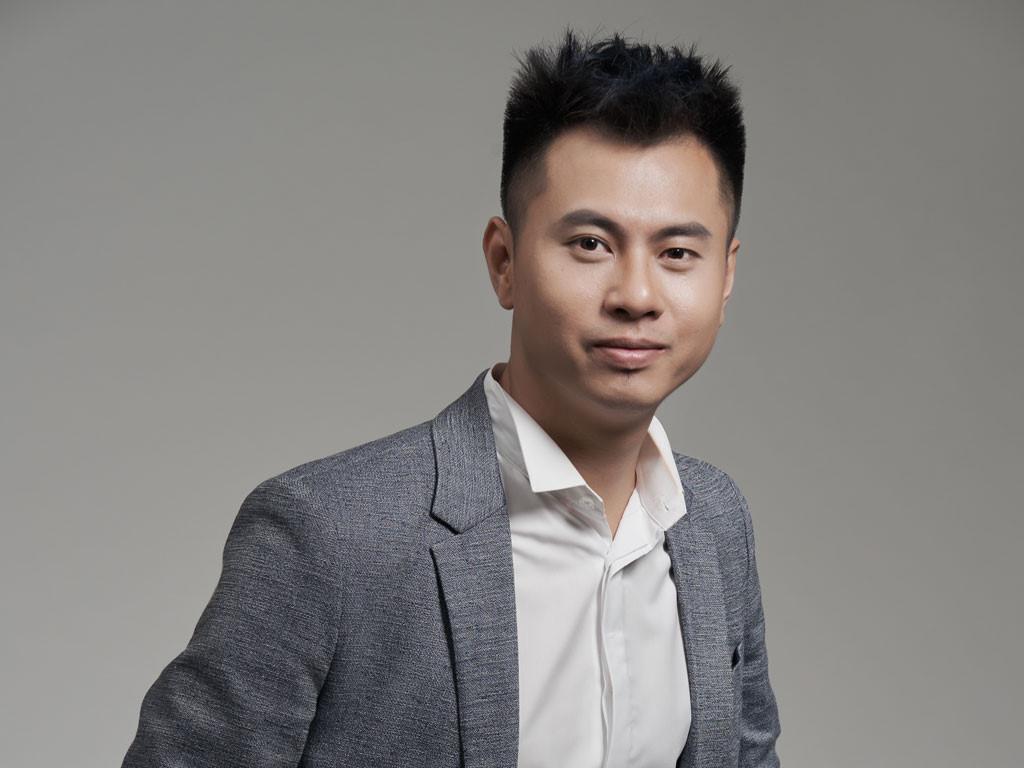Dương Cầm: Mỗi tháng ra một MV xong lên sân khấu hát nhép thì không thể gọi là ca sĩ-1