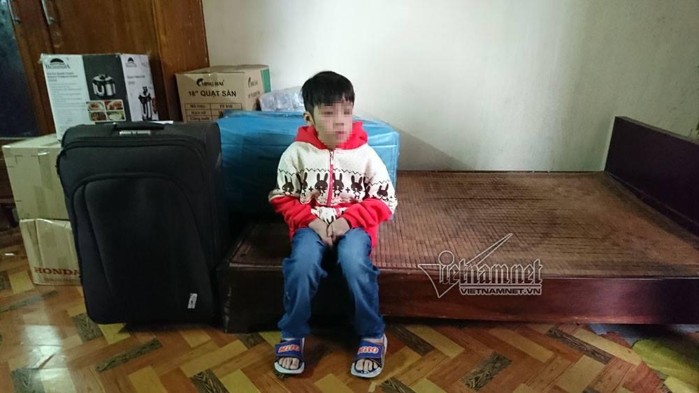 Bé trai bị bố và mẹ kế đánh rạn sọ não xin tha cho bố-1
