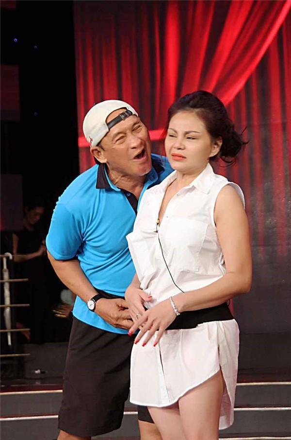 Chân dung vợ cả của Duy Phương: Chấp nhận kiếp chồng chung với Lê Giang vì không sinh được con-1