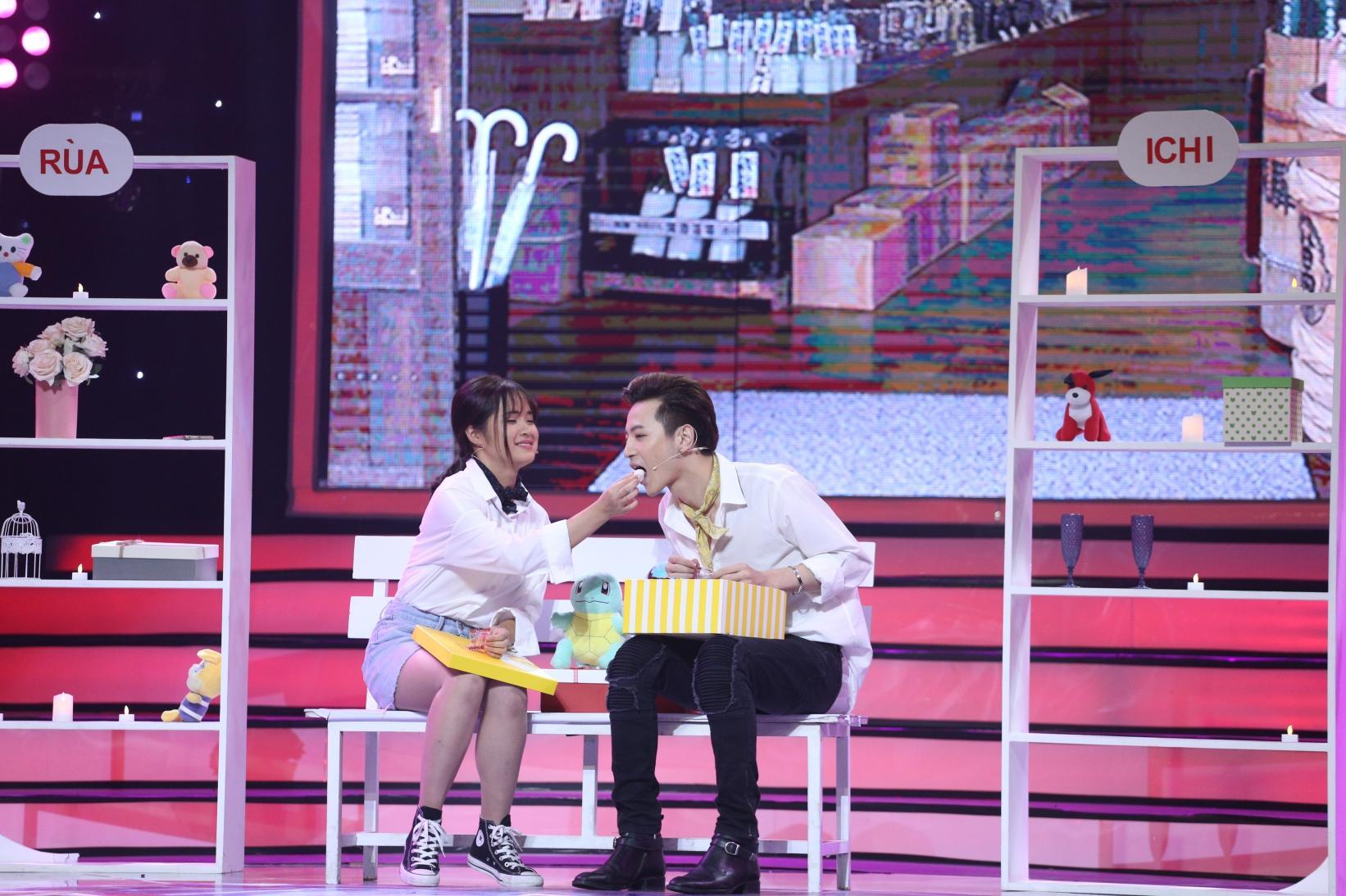 Bay từ Hàn Quốc về tỏ tình với Phí Ngọc Hưng, vậy mà cô gái này nhát đến nỗi không dám đọc kết quả-3