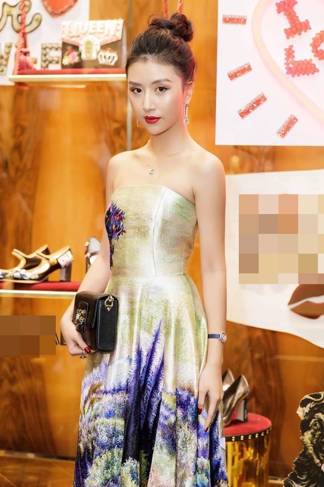 Rũ bỏ mác hotgirl, Quỳnh Anh Shyn lên đời phong cách sexy chẳng kém bất cứ đàn chị nào-7