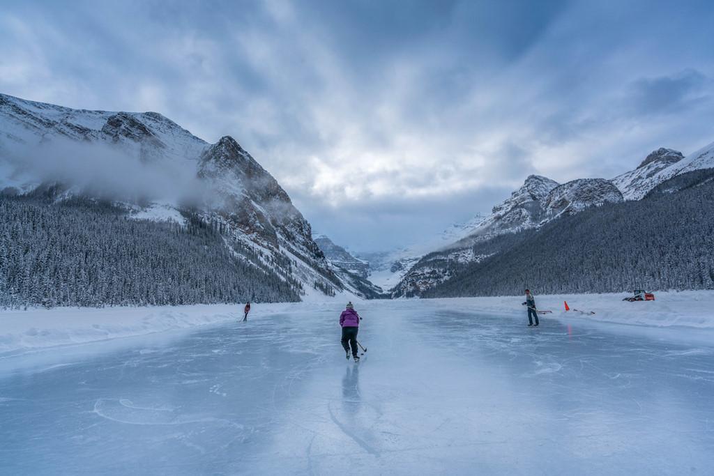 Sân trượt băng tự nhiên tuyệt đẹp trên thế giới-5