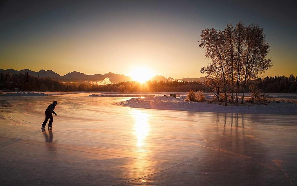 Sân trượt băng tự nhiên tuyệt đẹp trên thế giới-6