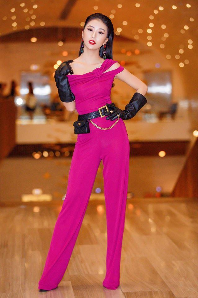 Rũ bỏ mác hotgirl, Quỳnh Anh Shyn lên đời phong cách sexy chẳng kém bất cứ đàn chị nào-3