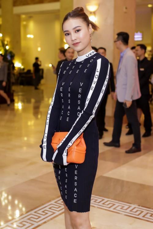 Phạm Hương chi gần 20 triệu, mua phải 'đầm cũ' của Angela Phương Trinh, Huyền Baby-7