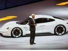 Siêu sedan điện Porsche Mission E chạy thử nghiệm trên phố