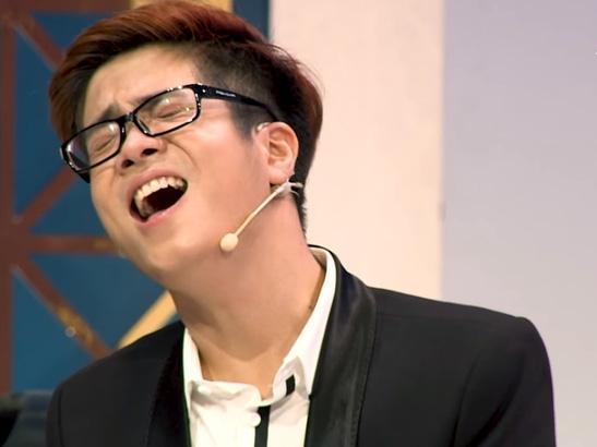 Bùi Anh Tuấn thể hiện khả năng 'kinh dị' trong 12 lần hát 'Em gái mưa'