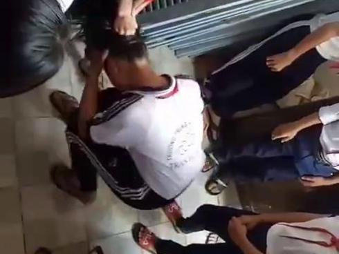 Xôn xao clip 3 nữ sinh lớp 7 bị 'đàn chị' đánh đập dã man ngay tại trường học