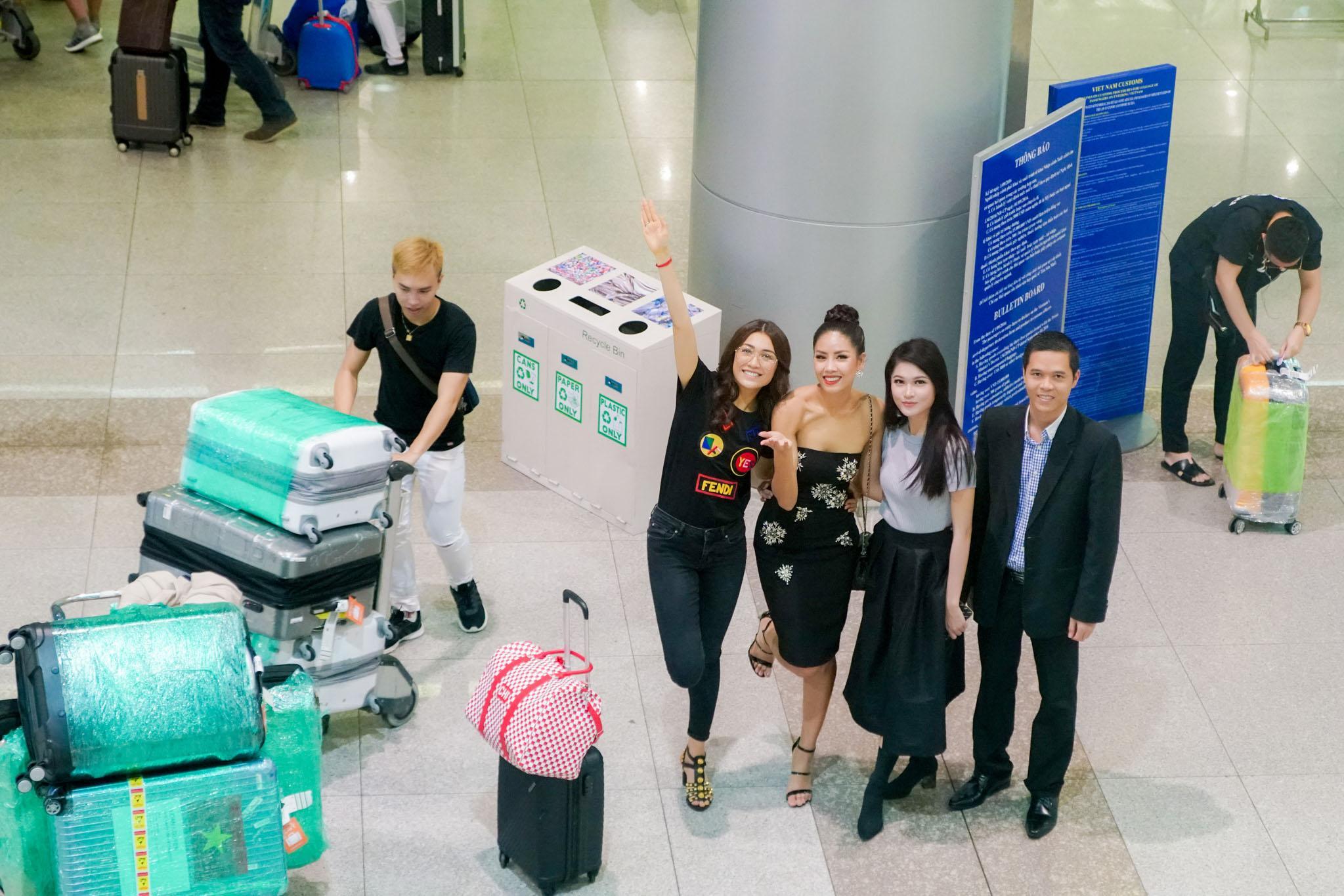 Nguyễn Thị Loan rạng rỡ ngày trở về trong vòng tay fans từ cuộc thi Miss Universe-2