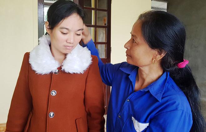 Người phụ nữ nghi bị bán sang Trung Quốc trở về sau 7 năm mất tích-2