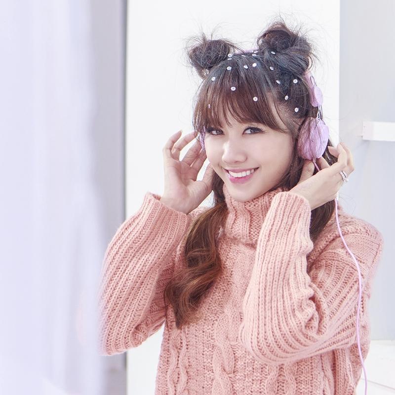 Hari Won như teen-girl chính hiệu trong MV Giáng sinh-1