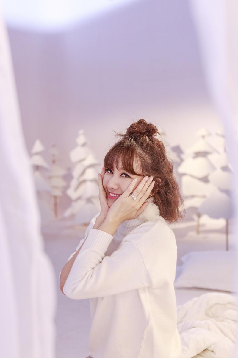 Hari Won như teen-girl chính hiệu trong MV Giáng sinh-3