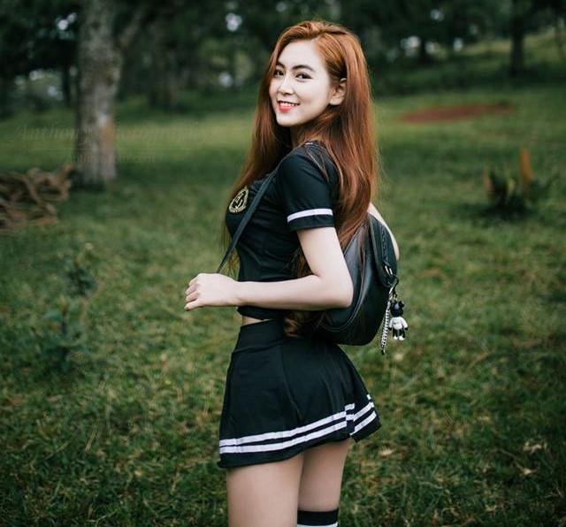 Nữ sinh Sài Gòn được mệnh danh hot girl vòng eo 58-1