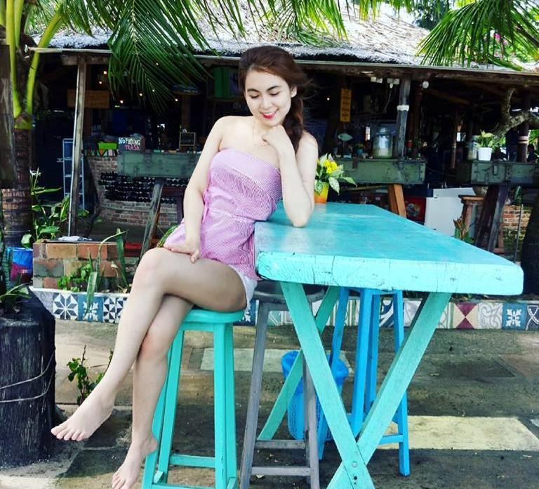 Nữ sinh Sài Gòn được mệnh danh hot girl vòng eo 58-6