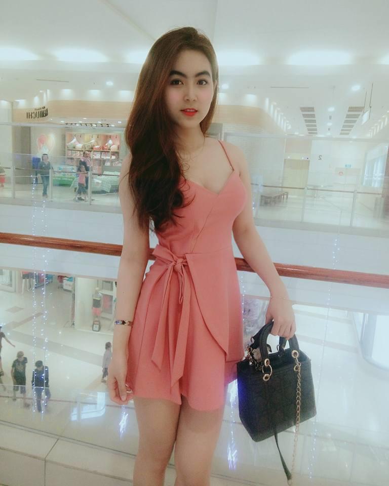 Nữ sinh Sài Gòn được mệnh danh hot girl vòng eo 58-8