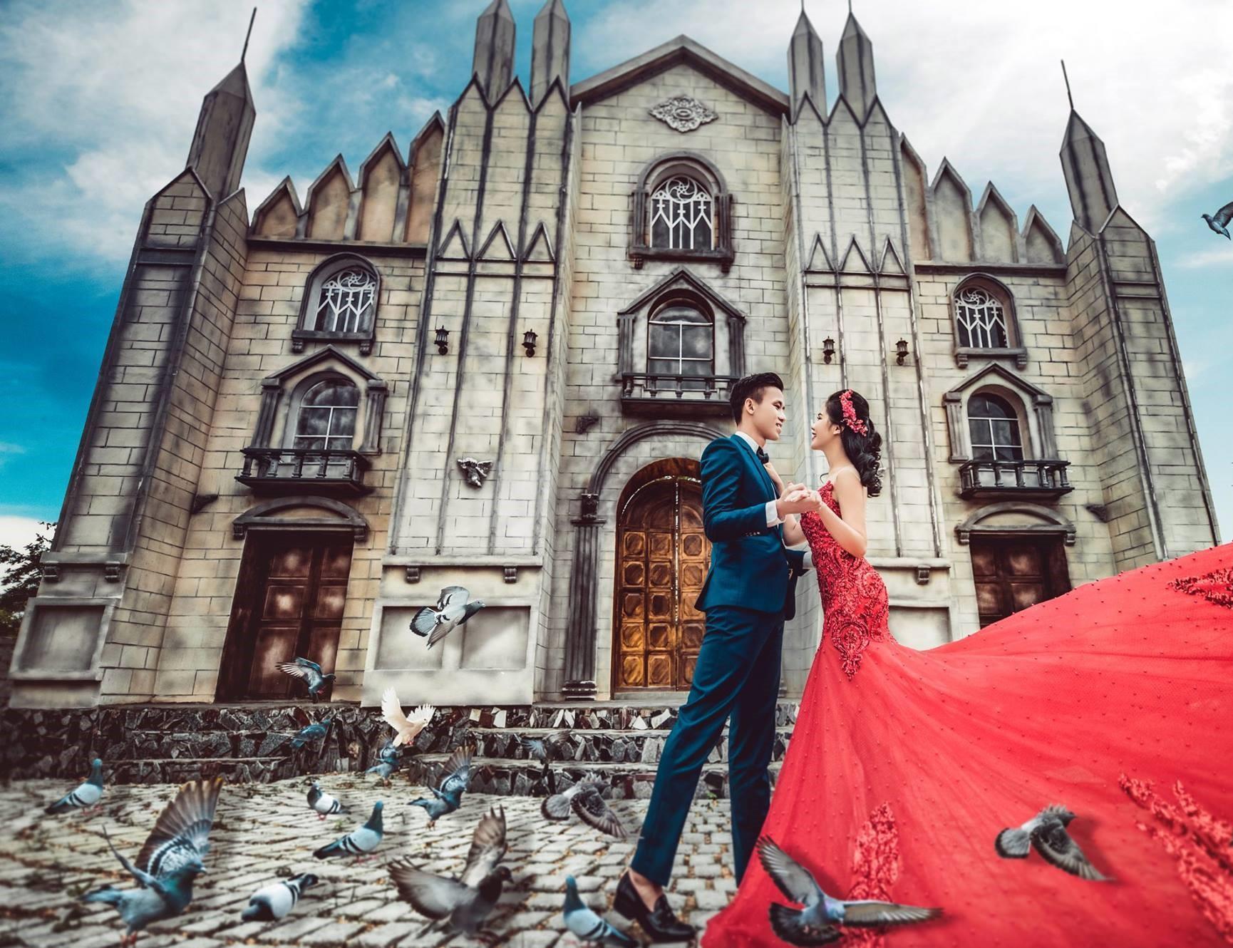 Hé lộ ảnh cưới đẹp lung linh của trung vệ Quế Ngọc Hải và bạn gái hoa khôi-4