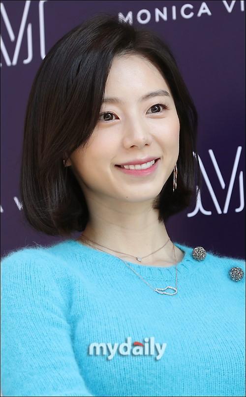 Sao Hàn 11/12: Vợ chồng Bae Yong Joon bị yêu cầu điều tra chỉ vì được ưu đãi quá nhiều khi sinh con-1