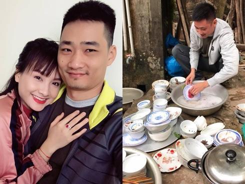 Phản ứng của ông xã Bảo Thanh khi thấy vợ tổng kết năm 'bị lừa gạt lại còn bắt nạt'