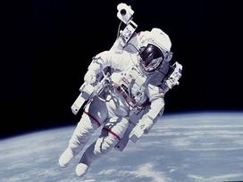 Đã có cách cứu các phi hành gia 'lạc trôi' trong vũ trụ