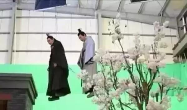 Ngã ngửa khi biết phim truyền hình Hoa ngữ đã lừa dối người xem tài tình đến vậy!-4