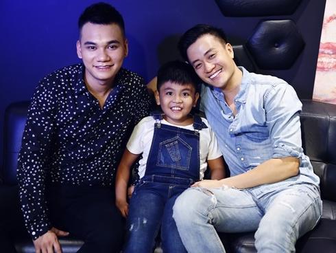 Lương Mạnh Hải năn nỉ Khắc Việt sáng tác nhạc phim cho 'Khi con là nhà'