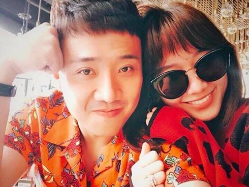 Tin sao Việt: Trấn Thành kỷ niệm 700 ngày yêu rực rỡ bên bà xã Hari Won