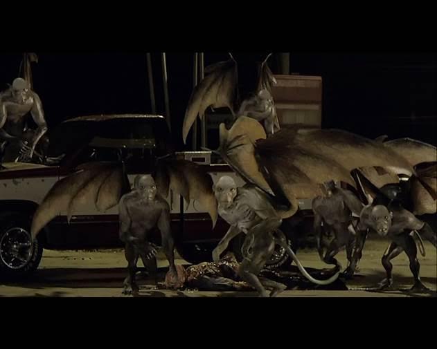 Điểm danh những con quái vật đáng sợ nhất trong phim kinh dị-2